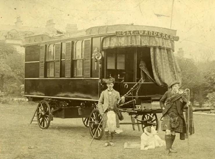 primeras caravanas de campings